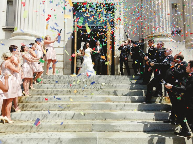5bb4ff33d80b0fafb107f3eb1d1f4960–wedding-exits-wedding-goals