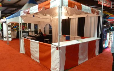 Tent with roof and sides