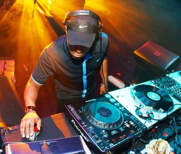 DJ EZ_0