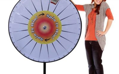 extra-large-prize-wheel-customizable-pocket-with-lady01