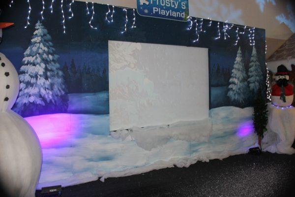 Frosty's-Playland-Background