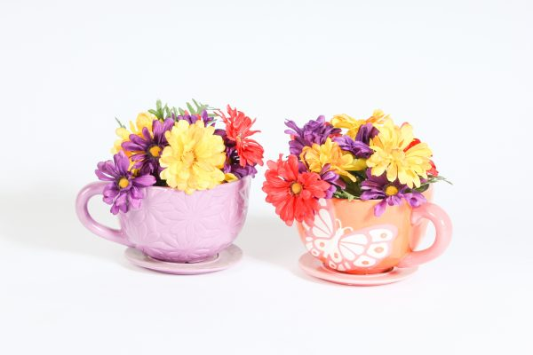 INV1075-Oversized teacups with flowers