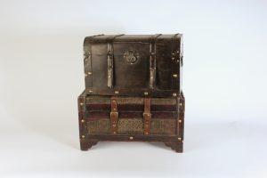 INV512-Wooden vintage crates