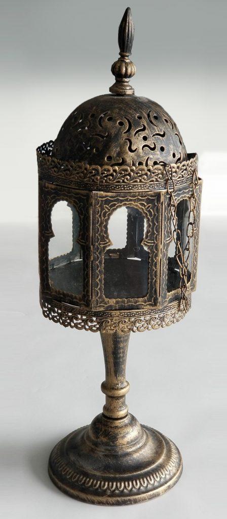 Gold-Eastern-Lantern