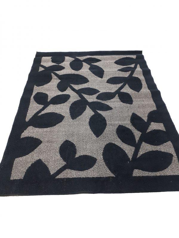 Rug – Black and Beige Leaf Pattern INV686